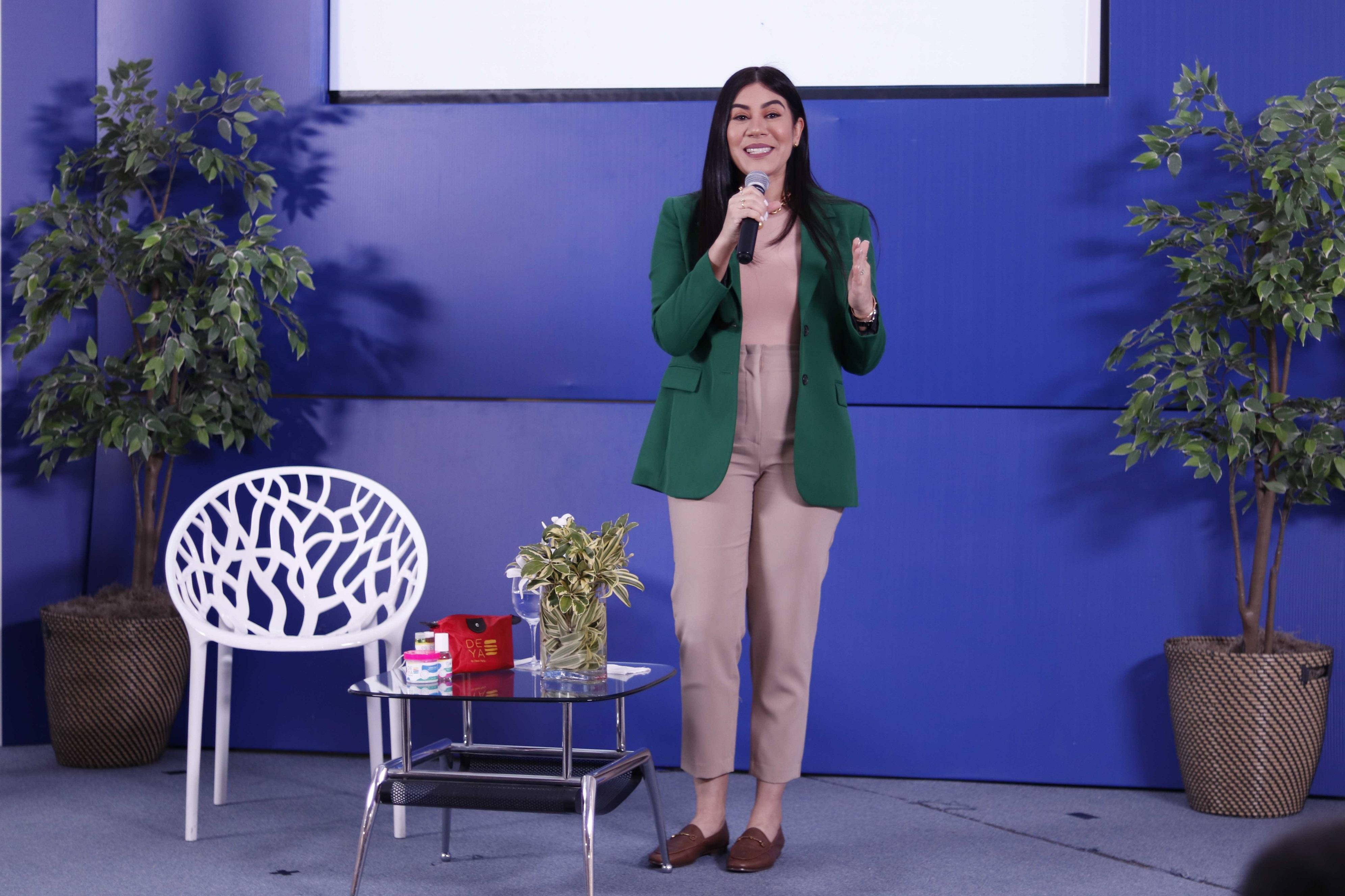 Dewi Peña, durante conferencia de emprendimiento en Prosoli